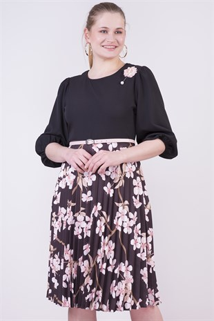 Brooch Detailed Floral Dress 4265/110